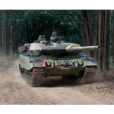 Revell 03281 - Leopard 2A6/A6NL