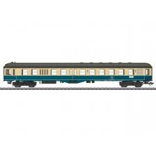 Marklin 43335 - DB Steuerwagen 2. Klasse Bauart BDylf 457 mit Gepäckraum ohne Seitengang
