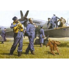ICM 48081 - WWII RAF Pilots and Ground Personnel 39-45 1/48