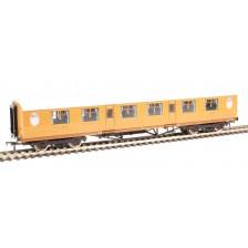 Bachmann 34-485 - Thompson first Corridor in LNER Teak