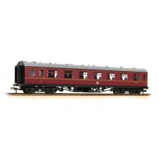 Bachmann 39-476 - 60ft ex-LMS 'Porthole' first open M7467M in BR maroon