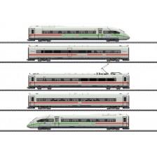 Marklin 39716 - DB-AG Triebwagenzug ICE 4 Baureihe 412/812 mit grünem Streifen