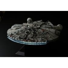 "Revell 01206 - BANDAI Millennium Falcon ""Perfect Grade"" - Star-Wars 1/72"