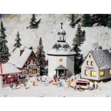 Vollmer 47613 - Weihnachtsdorf mit Beleuchtung, Funktionsbausatz