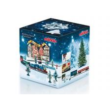 Marklin 81845 - Kerststartset 230 Volt Goederentrein met railovaal en bijbehorende stroomvoorziening