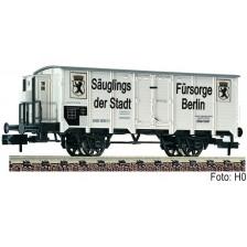 """Fleischmann 834609 - K.P.E.V. Gedeckter Güterwagen """"Säuglings-Fürsorge der Stadt Berlin"""""""